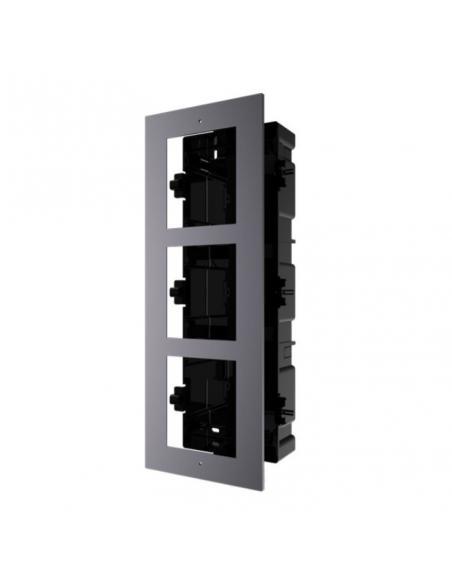 Accessoire de montage encastré pour poste de porte modulaire
